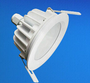 Porcellana IP65 impermeabilizzano il LED messo Downlight 5W - 18W per auditorium fornitore